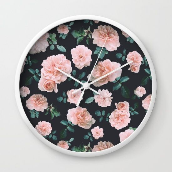 Light Pink Roses Flower pattern Wall Clock