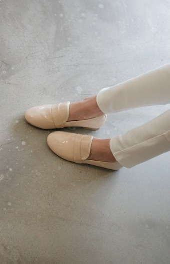 Minimal + Classic: Repetto - cream patent leather