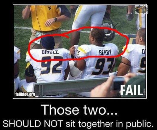 lol ew xD: Dingle Berries, Football Players, West Virginia, Sports Photos, Funny Pictures, Funny Stuff, Seats Arrangements, Football Team, Funnystuff