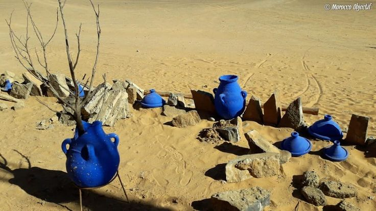 How to make blue color stand out...just combine it with a little bit of desert.  http://www.morocco-objectif.com/  #moroccoobjectif #merzouga #sahara #desert #sanddunes #sand #khamlia #gnawa #blue #pottery #crafts #africa #instatravel #instagram #instadaily #instapassport #travelphotography #travelgram #travel #traveler #nomad #berber #amazigh #morocco #maroc #marruecos #marokko #marrocos  Tours around Morocco  Desert trips fsom Tangier
