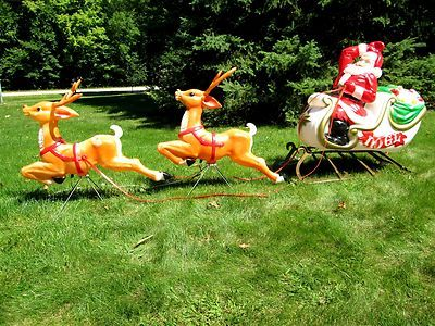 Vtg 1970s Empire Xmas Santa Sleigh Reindeer Blow Mold Outdoor Light Yard Decor