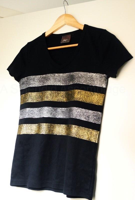 A Splendid Assemblage: DIY: Glitter Striped Top