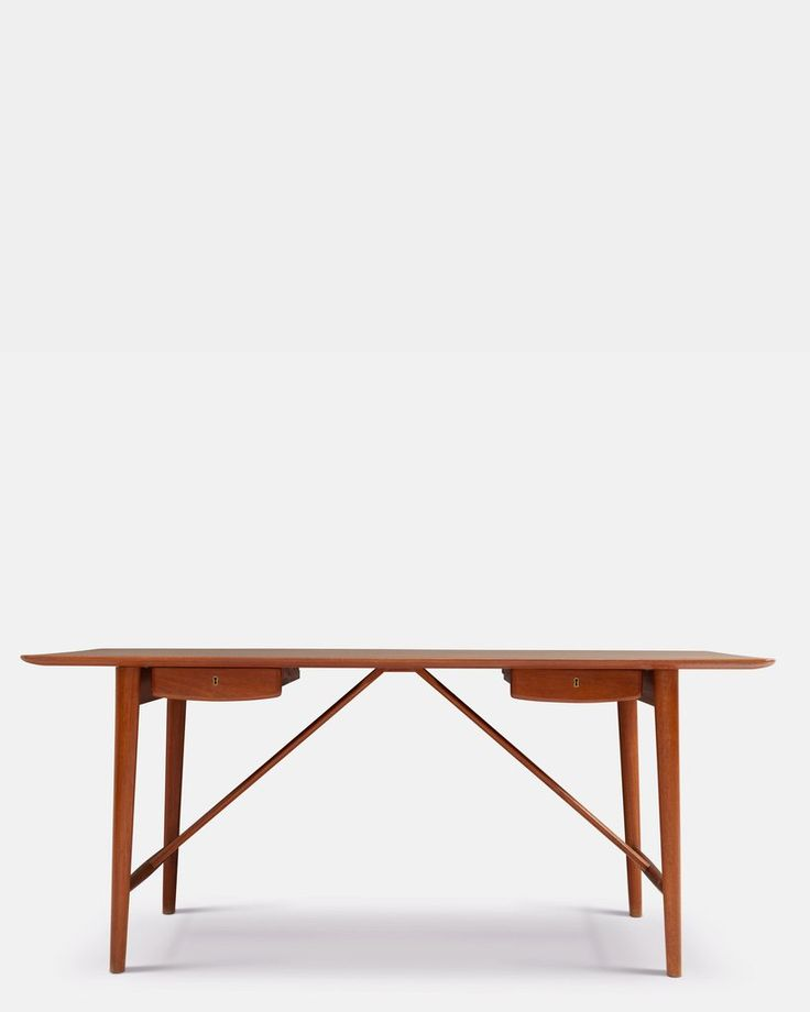 Desk by Hvidt