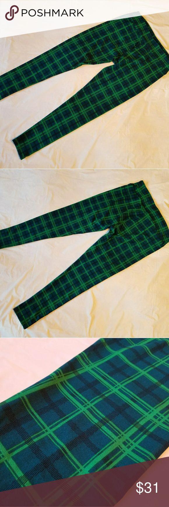BNWOT Lularoe TC leggings blue and green plaid Blue and green plaid TC leggings, average stretch. LuLaRoe Pants Leggings