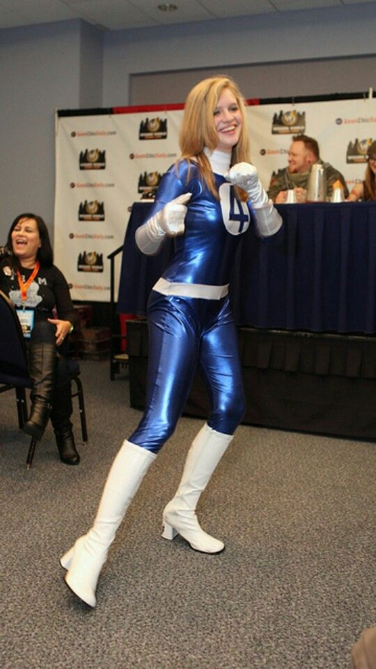 Invisible Woman (Susan Storm Richards) #cosplay ...