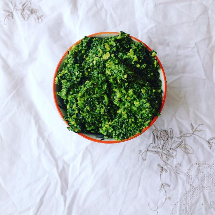 My favourite way to eat kale is to make it into pesto.  New blog post up now with the recipe www.simplebeautifulandlovely.com #nzblogger  #nzmum #kale #rawfood #glutenfree #dairyfree