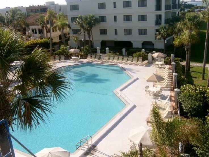 On the very southern tip of Sunset Beach, Land's End is a stunning luxury beach resort surrounded on three sides by the Gulf of Mexico and beautiful Boca Ciega Intracoastal. Watch the dolphins and pelicans from your ...