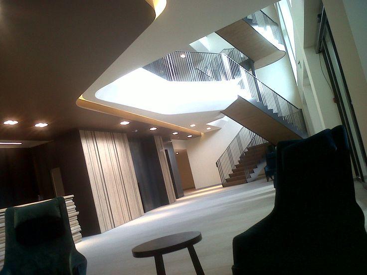 PORTFOLIO STUDIO SIMONETTI: Hall@Grand Hotel Courmayeur Mont Blanc, 5 star, architectural and interior design project