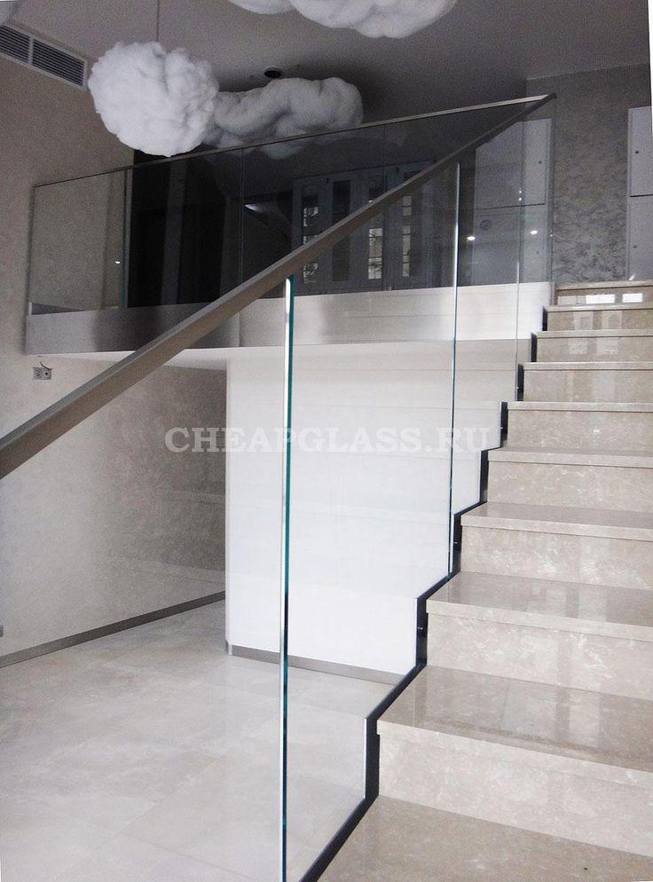 Ограждение из стекла и нержавеющей стали. Салон красоты. г. Москва. Stairs | Staircase | Glass Balustrade | Stainless Steel Handrail.