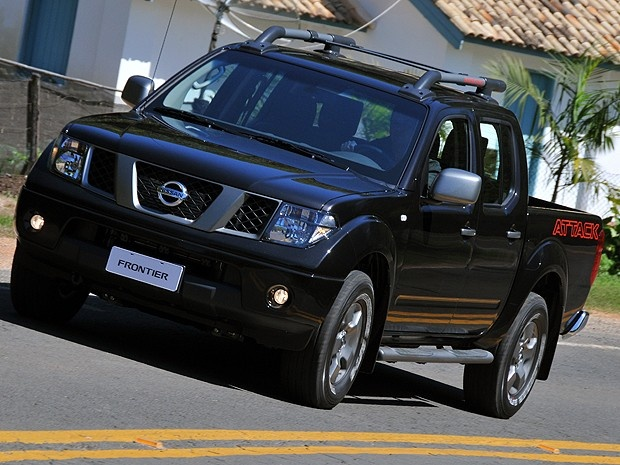 nissan frontier attack 2013