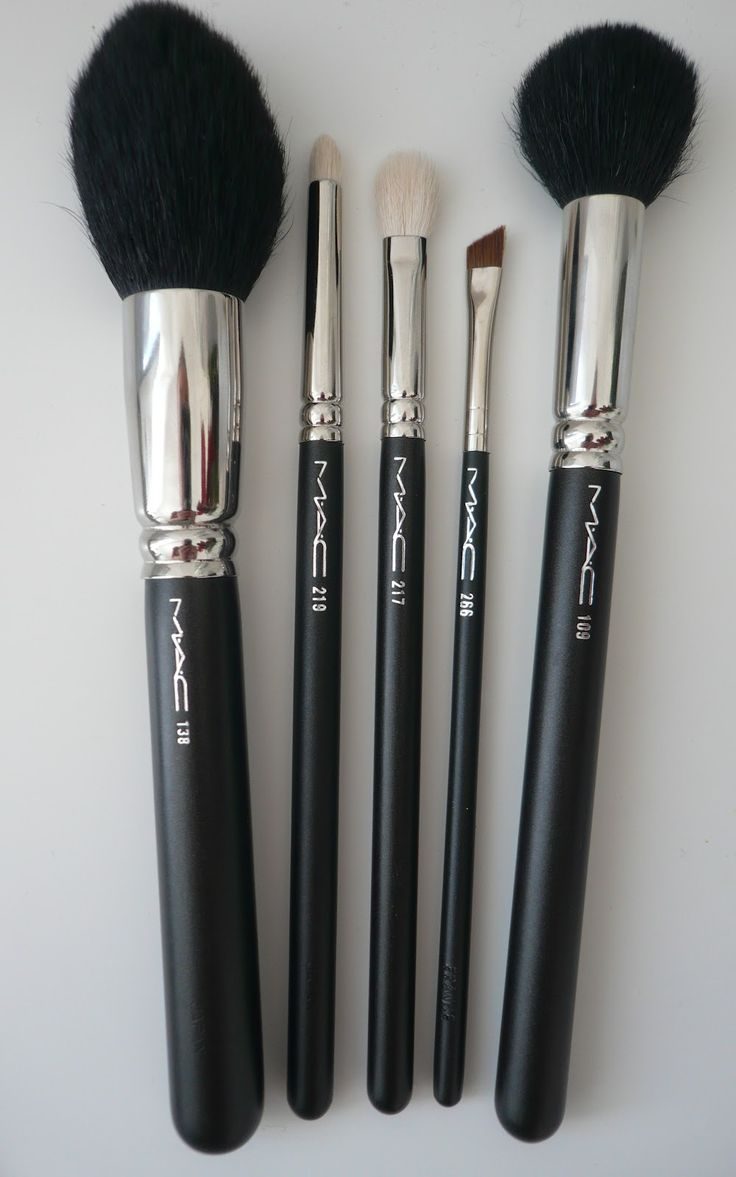 25+ Best Ideas About Mac Makeup Brushes On Pinterest