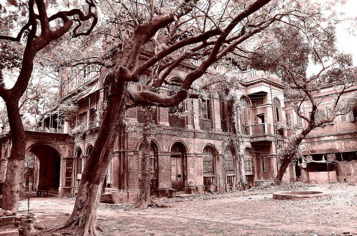 3.3. Renacimiento bengalí: https://en.wikipedia.org/wiki/Bengali_renaissance http://en.banglapedia.org/index.php?title=Bengal_Renaissance