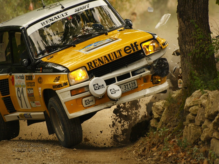 Renault 5 Turbo 2 rally car - Group B - Ooops!