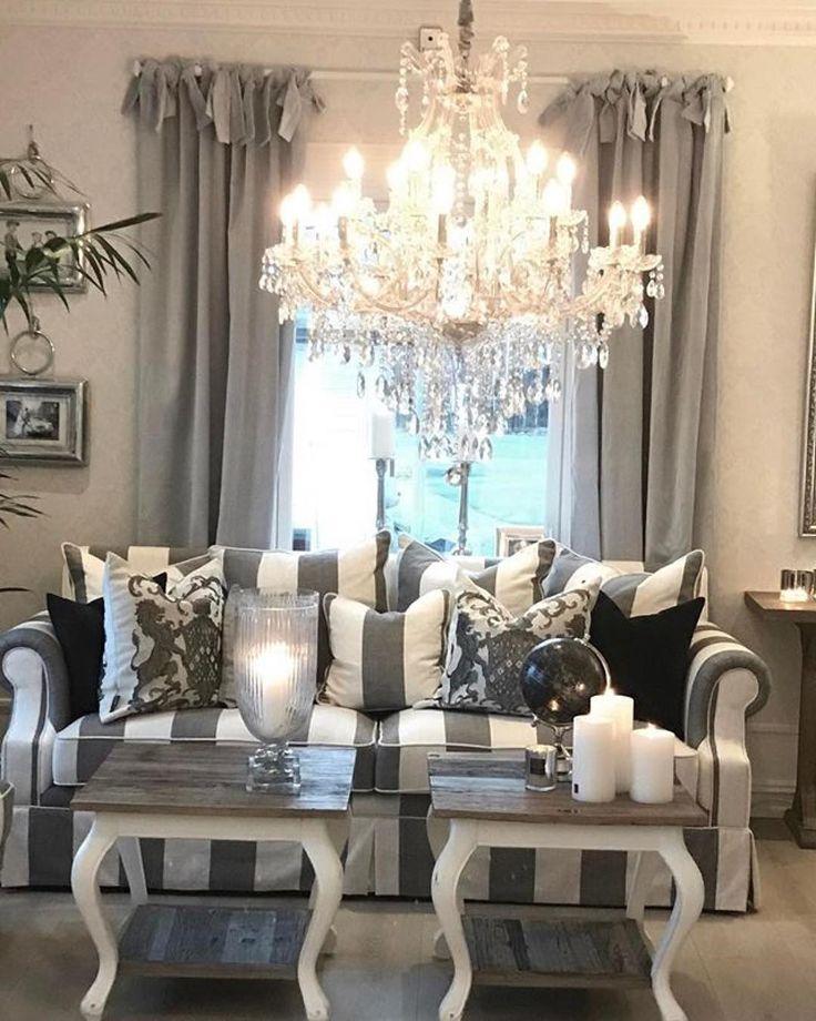 #Repost @classicliving  Ha en fin kveld Møbler og dekor på lager. Vi har flere gode påske tilbud #kenyasofa #classicliving #pricillialysekronelarge #magnolia #fioriputer #velourgardiner #glam #interior125 #interior4u #interior #interiør #interior4all #homeandliving #drivved #interiorforyou #interior2all #livingroom #livingroomdetails #classichome #passion4home #passion4interior #passion_4_home_decor