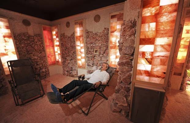 By Pamela Fayerman A man-made salt caveis tucked into a corner of a nondescript North Vancouver strip mall. Its low profile belies the bold claims of health benefits made by its owner. Fifteen tonnes of pink Himalayan salt, the kind so popular nowwith chefs, due to its flavour and alluring colour, are everywhere inside the…