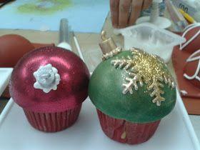 Postres de principio a fin: Esferas navideñas de cupcake