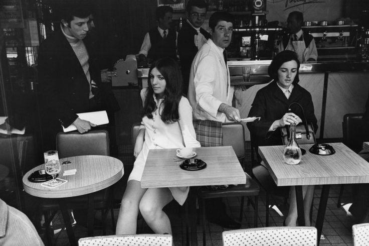 Paris, France, ca. 1969, gelatin-silver print Women are beautyful