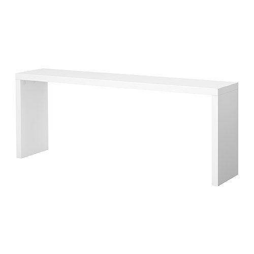 MALM Bijtafel IKEA Incl. wielen; maakt het meubel makkelijk verplaatsbaar. Maakt het comfortabel om in bed te lezen, te eten of te werken.
