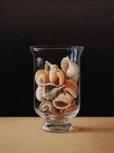 Shells -Oil on canvas - 40 x 30 cm - Antonio Cazorla - hyperrealism