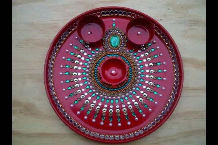Aarti thali aarti thali pinterest for Aarti thali decoration with kundan