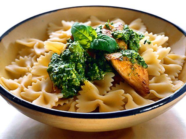 Pasta med kycklingfilé och pesto (kock recept.nu)