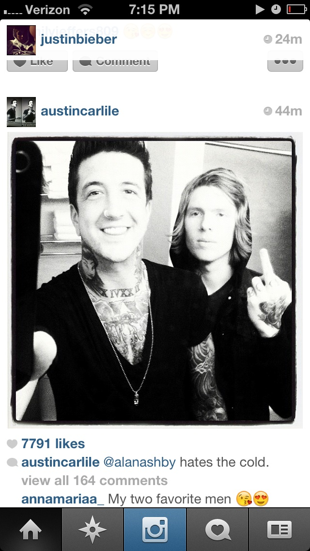 Alan Ashby/Austin Carlile - Works | Archive of Our Own
