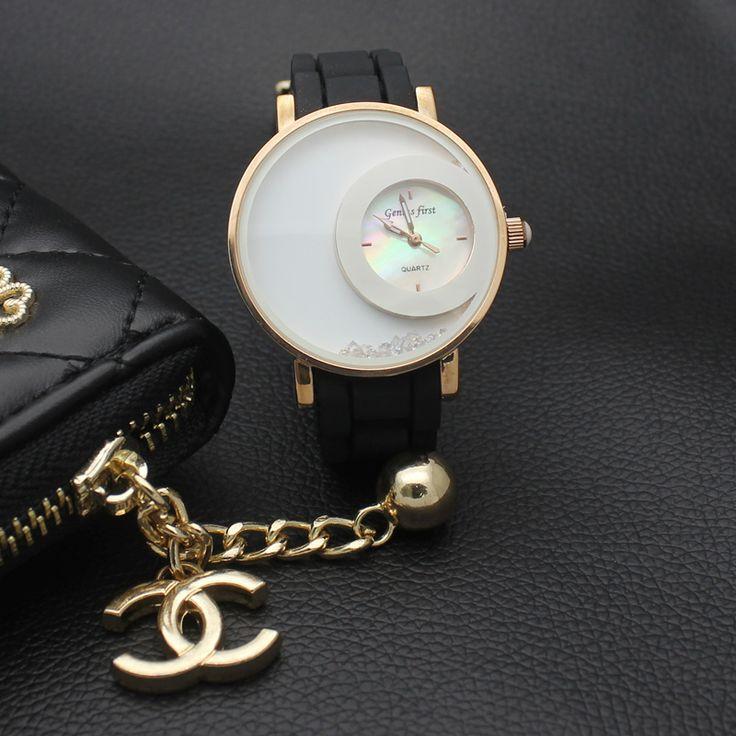 $9.90 (Buy here: https://alitems.com/g/1e8d114494ebda23ff8b16525dc3e8/?i=5&ulp=https%3A%2F%2Fwww.aliexpress.com%2Fitem%2FNewest-Womens-Casual-Wrist-Watches-Brand-Luxury-rubber-Quartz-Dress-Watch-Clock-Women-Royal-Gold-Crystal%2F32705129075.html ) Newest Womens Casual Wrist Watches Brand Luxury  rubber Quartz Dress Watch Clock Women Royal Gold Crystal Retro Watches 2016 for just $9.90