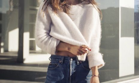 Image via We Heart It https://weheartit.com/entry/170197259/via/5141733 #fashion #girl #jeans #outfit #style #white