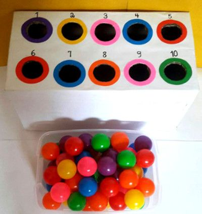 Un juego con bolas de colores para aprender conceptos matemáticos » Actividades infantil