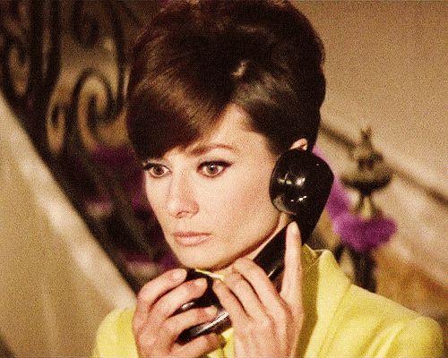 Audrey Hepburn Animated GIFs (87)