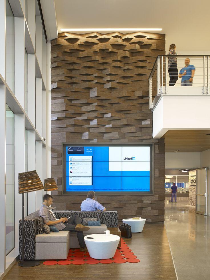 Linkedin Sunnyvale Office Wood Accent Wall In Lobby