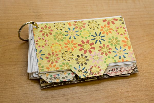 love this index card book idea for keeping track or notes! Will use this idea for a recipe book