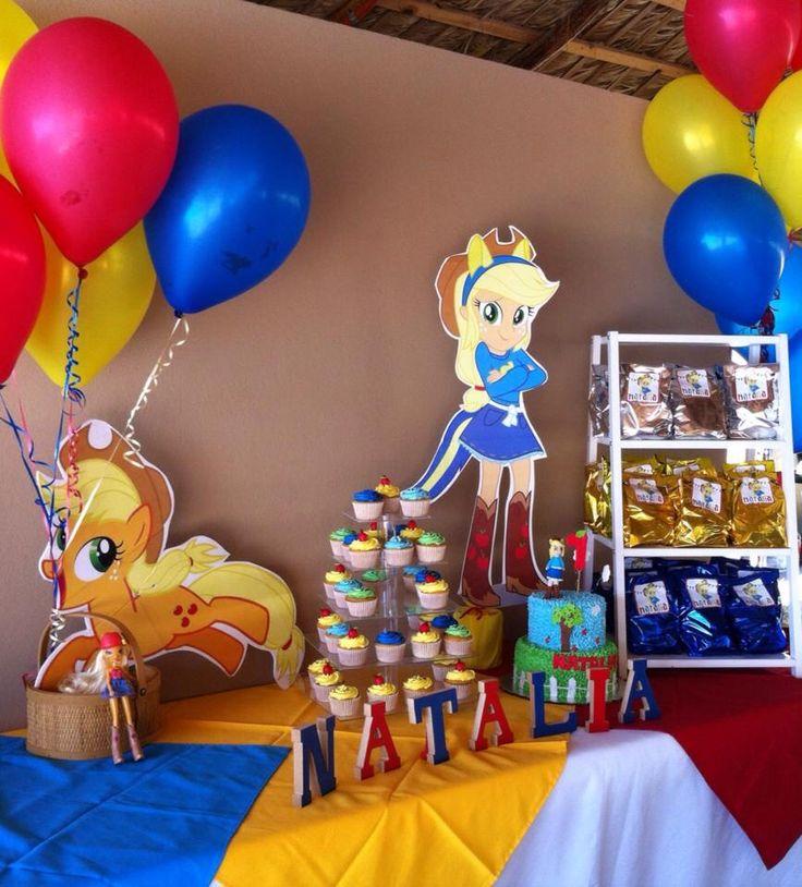 Equestria girls. Apple jack, bday party. Casita del detalle