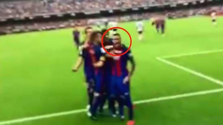 Neymar increpó a la grada antes del lanzamiento de la botella