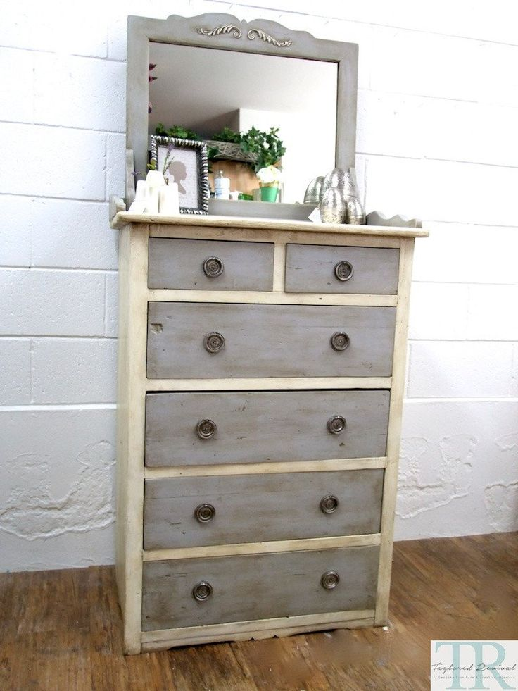 A beautiful french provincial style revival for our client of her bedroom suite. Originally made of solid South African pine with sentimental value. Hand painte