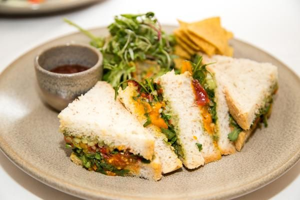 Tuck into a healthy sandwich for lunch.  https://twitter.com/ArdilaunBistro