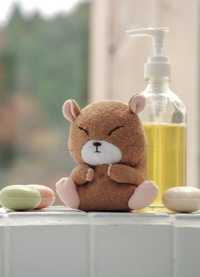 Hamster  •  Free tutorial with pictures on how to make a hamster plushie in under 40 minutes