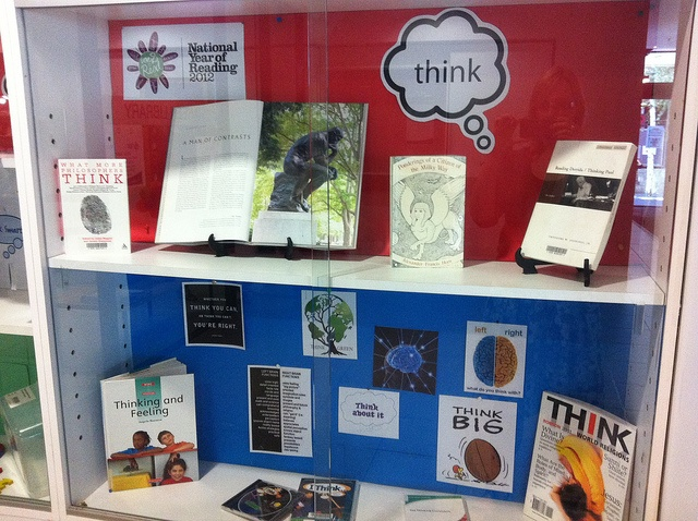 "March National Year of reading theme ""Think"" display at Melbourne library"
