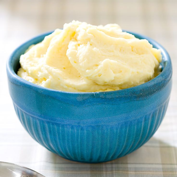 Most recipes for Parmesan mashed potatoes simply stir grated cheese into the potatoes either before or after mashing. But we wanted big Parmesan flavor without sacrificing creamy texture.