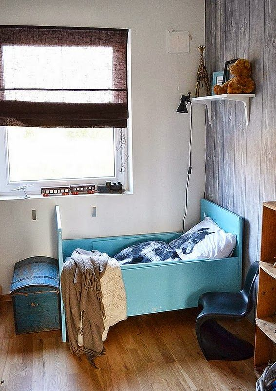 the boo and the boy: eclectic kids' rooms...um, yeah.  I'm already thinking about them FUTURE grandbabies!!