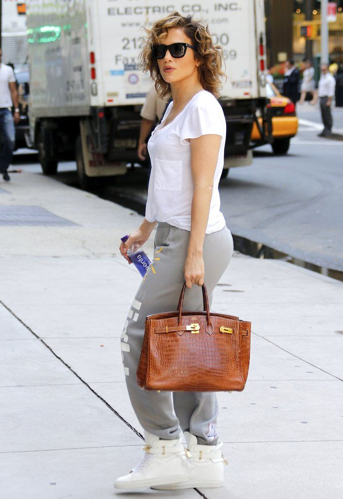 """These pictures of Jennifer Lopez from September are what should come up when you google """"high-low dressing."""" See more pictures of J Lo's chill outfit!"""