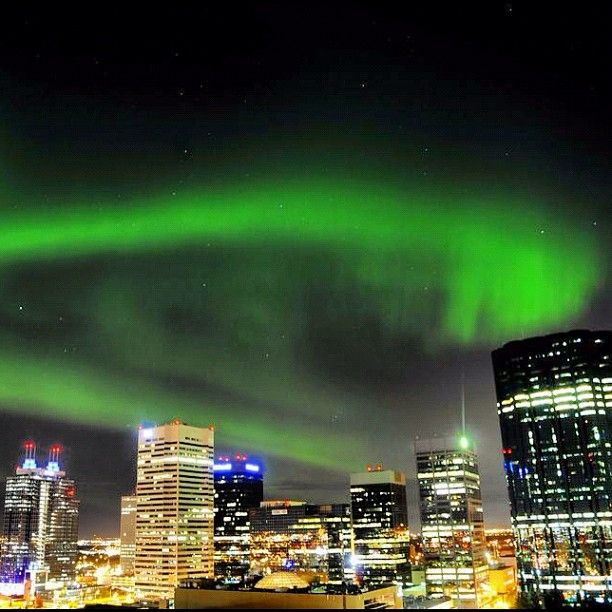 Amazing Aurora Borealis in Edmonton, Alberta, Canada. 8 October 2012. (No Filter - really looked like this!) Photo by wallytee