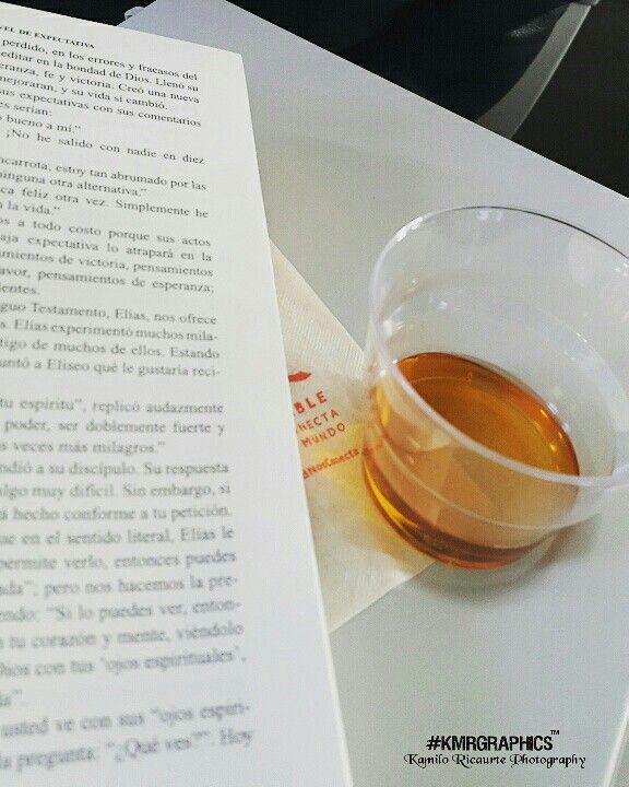 Something relax flying 👍📖 #wiskey and #book #photograph #kmrgraphics #Canon #canont3i #photography #Photographer #picoftheday #picture #instalike #instaphoto #instadaily #pictureoftheday #pic #fotodeldia #fotografia #foto #photo #photographeroninstagram #photoshoot #artistoninstagram #worldplaces #photographyislife #photographylovers #fotos