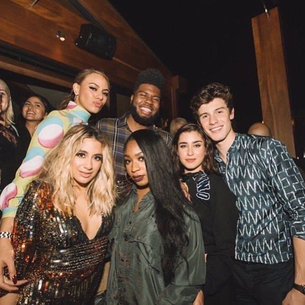"197 Likes, 1 Comments - Shawn Mendes Updates (@shawnmuffinmendes.s) on Instagram: ""Shawn with @fifthharmony and @thegr8khalid ❤️❤️ @shawnmendes #shawnmendes #mendes…"""