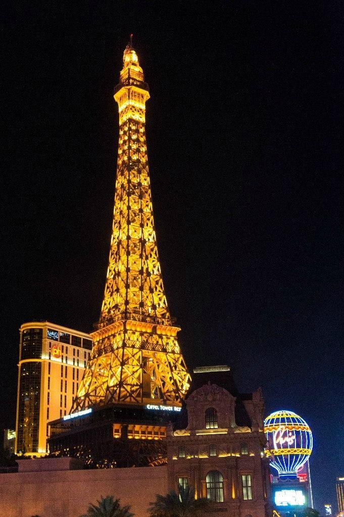 Dreaming of Paris but can't get to France? Fun tourist spot to check out! Paris Las Vegas - Las Vegas - Attraction Reviews - TripAdvisor #MyTripAdvice