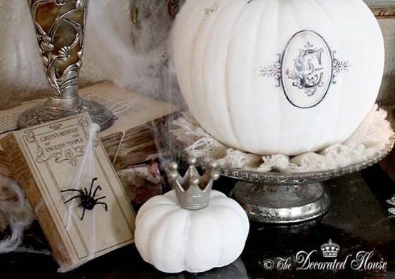 Reine weiße Halloween-elegante Ideen 3