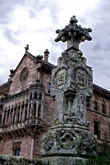 Palacio de Sobrellano, en #Comillas  #Cantabria #Spain