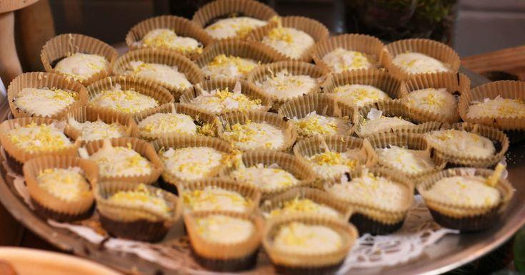 Chokladtryfflar med lakrits, vit choklad och citronzest. En riktig favorit på godisbordet.