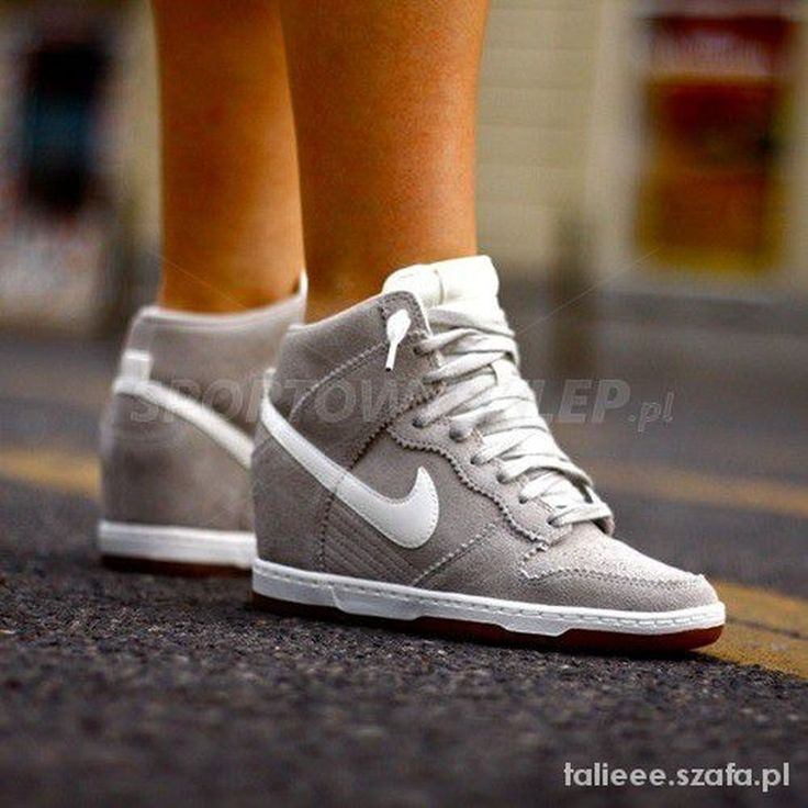 Cool 33 Stylish Nike High Heels Suitable for Spring and Summer. More at http://aksahinjewelry.com/2017/08/29/33-stylish-nike-high-heels-suitable-spring-summer/