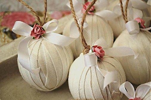 Sada 6 shabby chic vianočných gúľ by MadeByDara - SAShE.sk - Handmade Vianoce